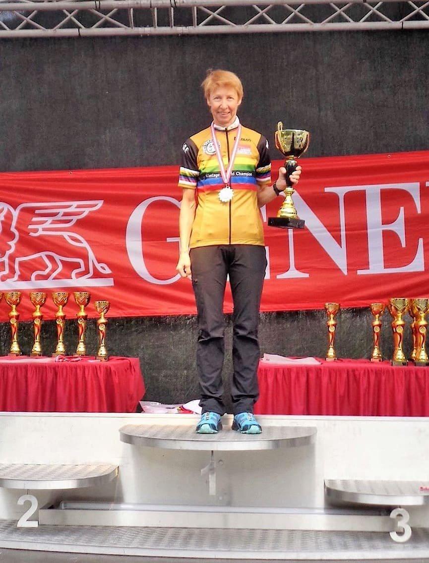 Silke Ratzmann wird zur Weltmeisterin gekürt
