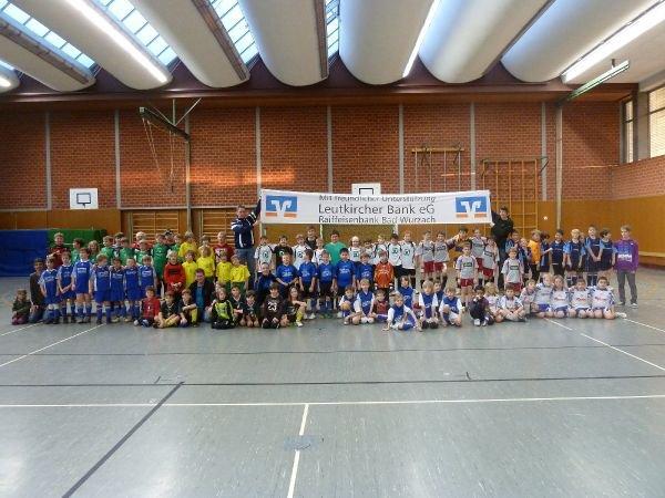 f-jugendturnier2011_01_alle-teams.jpg
