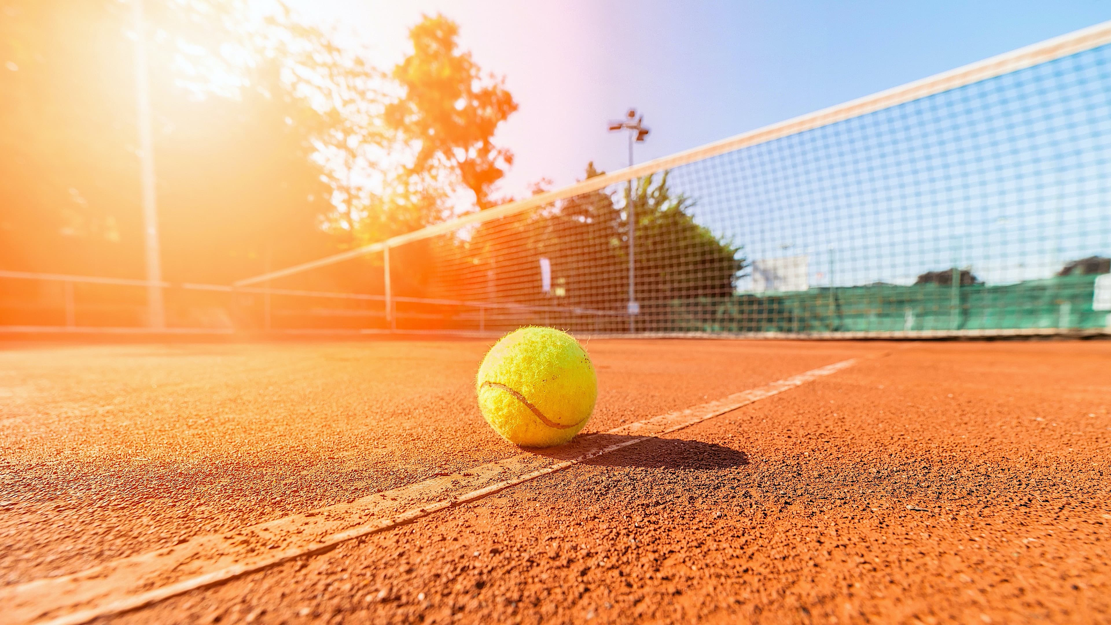 Header Tennis